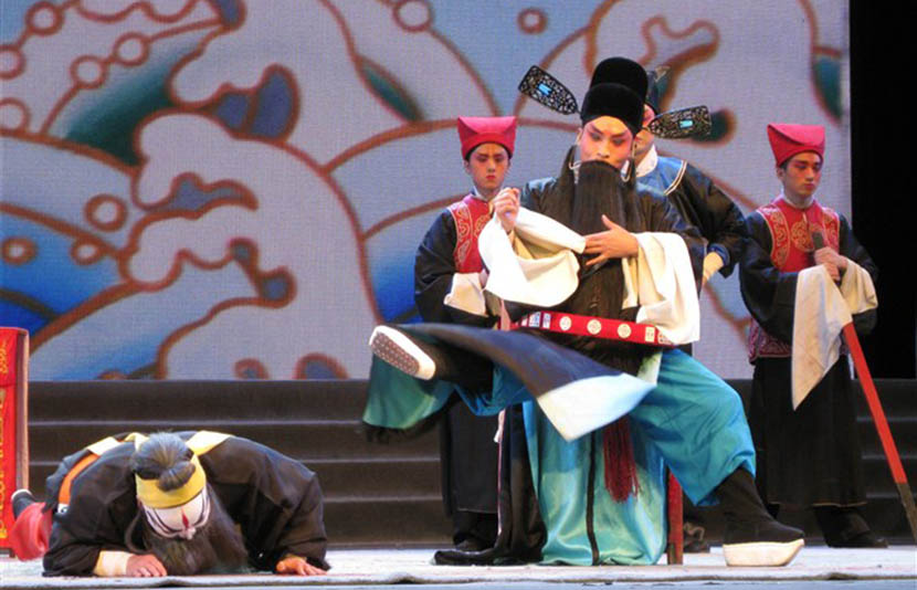 Jia Zhoufeng (right) performs in the 'qinqiang' opera 'Da Zhentai,' Xian, Shaanxi province, 2012. Courtesy of Jia Zhoufeng